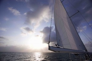 Fotografía de la vela mayor del velero Natalie