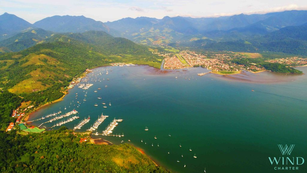 Paraty, Navegar en Brasil