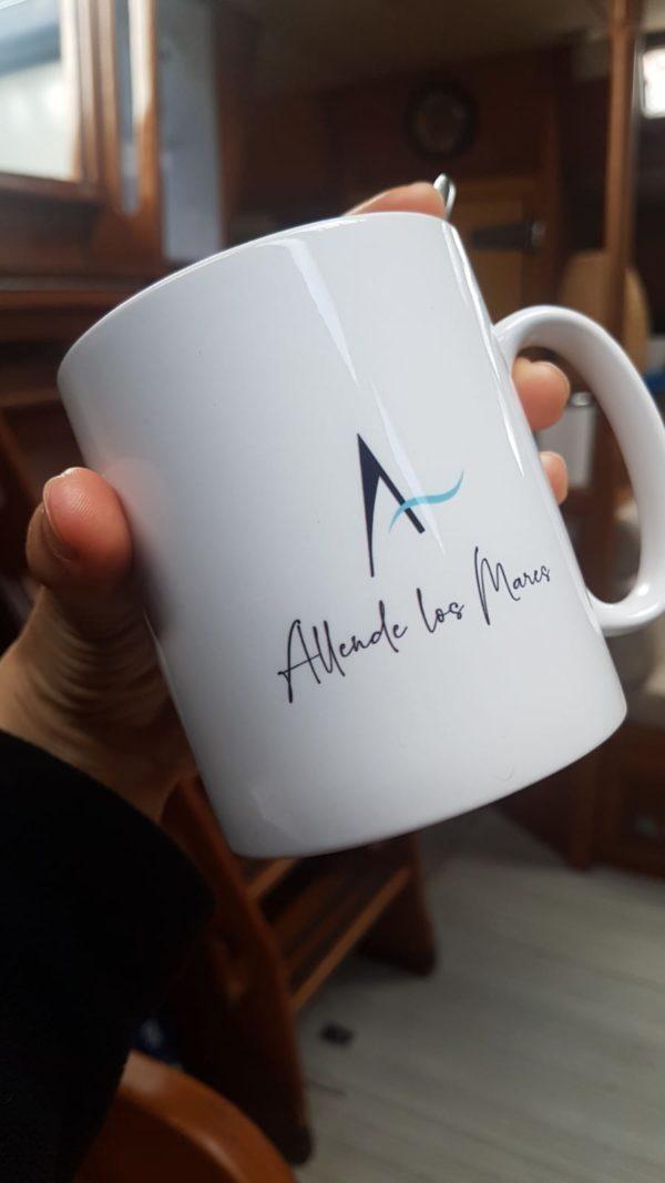 TAZA Allende los Mares - Porcelana