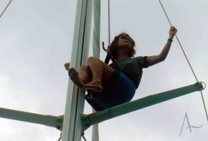 En lo alto del mástil