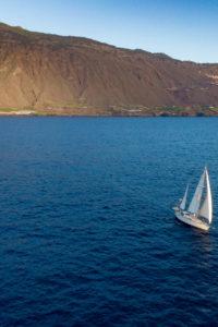 Navegar-velero-drone-Allende-los-Mares